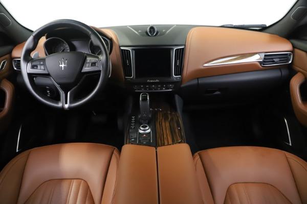 Used 2019 Maserati Levante Q4 GranLusso for sale Sold at Aston Martin of Greenwich in Greenwich CT 06830 16