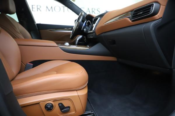 Used 2019 Maserati Levante Q4 GranLusso for sale Sold at Aston Martin of Greenwich in Greenwich CT 06830 23