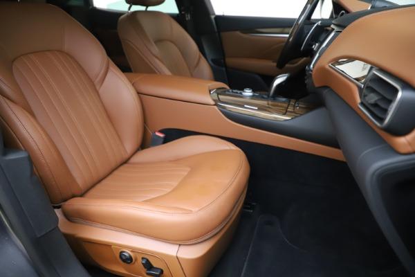 Used 2019 Maserati Levante Q4 GranLusso for sale Sold at Aston Martin of Greenwich in Greenwich CT 06830 24