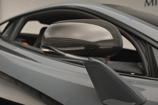 New 2019 McLaren 600LT Coupe for sale Sold at Aston Martin of Greenwich in Greenwich CT 06830 24