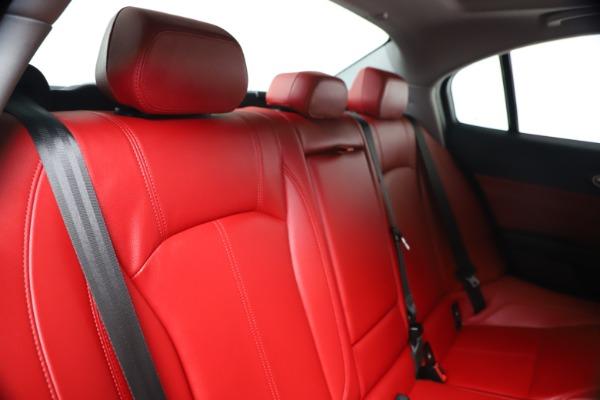 New 2019 Alfa Romeo Giulia Q4 for sale Sold at Aston Martin of Greenwich in Greenwich CT 06830 25