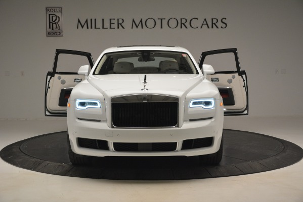 Used 2019 Rolls-Royce Ghost for sale $299,900 at Aston Martin of Greenwich in Greenwich CT 06830 10