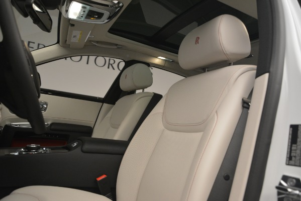 Used 2019 Rolls-Royce Ghost for sale $299,900 at Aston Martin of Greenwich in Greenwich CT 06830 14