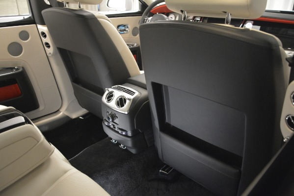 Used 2019 Rolls-Royce Ghost for sale $299,900 at Aston Martin of Greenwich in Greenwich CT 06830 25