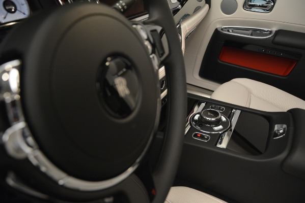 Used 2019 Rolls-Royce Ghost for sale $299,900 at Aston Martin of Greenwich in Greenwich CT 06830 28
