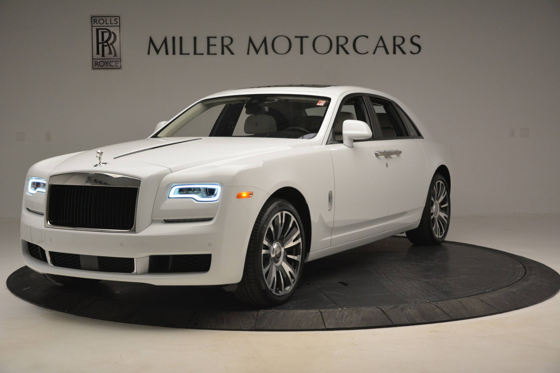 Used 2019 Rolls-Royce Ghost for sale $299,900 at Aston Martin of Greenwich in Greenwich CT 06830 1