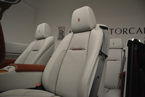 New 2019 Rolls-Royce Dawn for sale $422,325 at Aston Martin of Greenwich in Greenwich CT 06830 25
