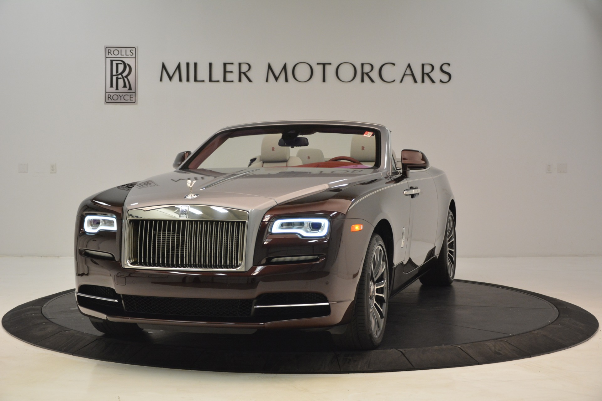 New 2019 Rolls-Royce Dawn for sale $422,325 at Aston Martin of Greenwich in Greenwich CT 06830 1