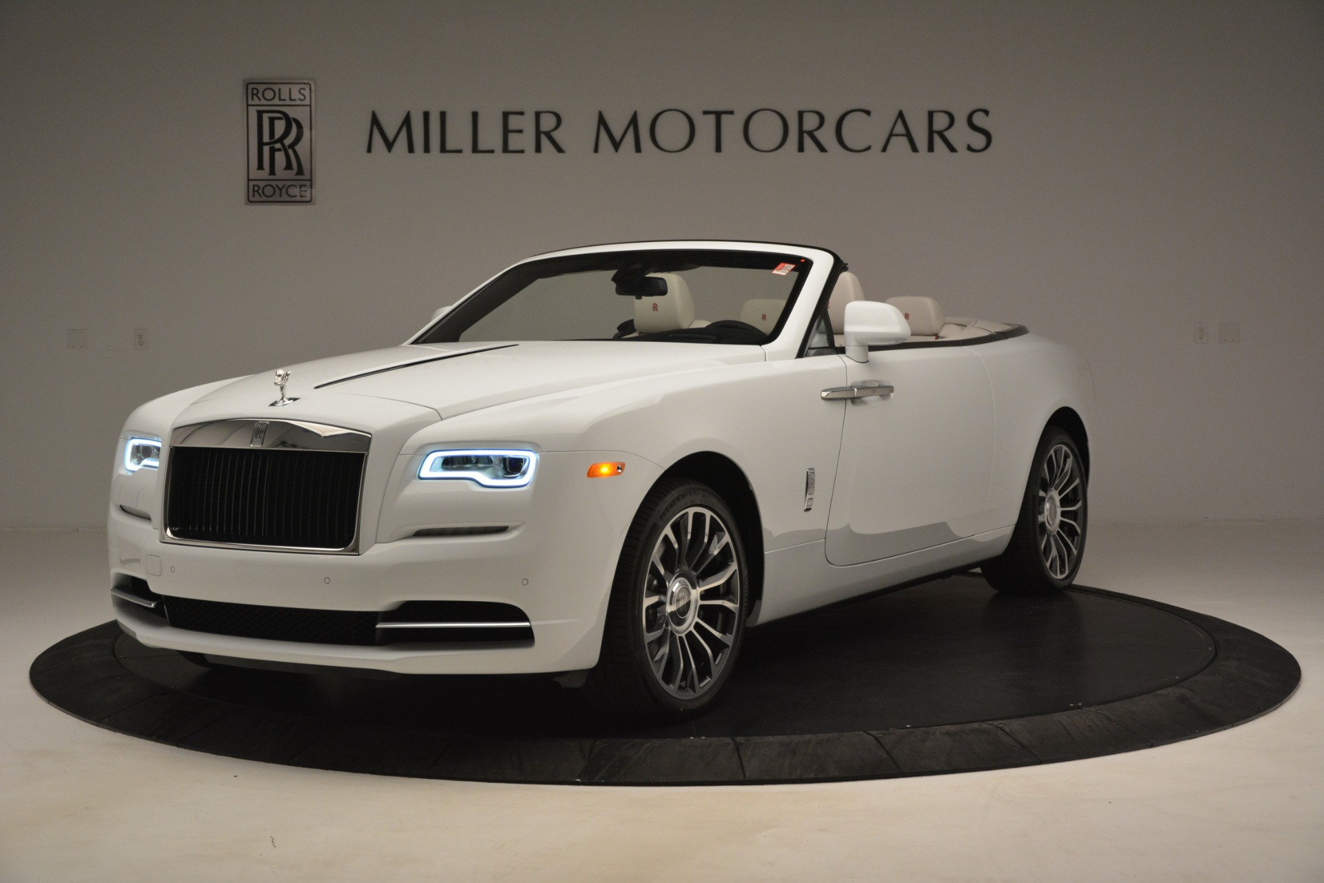Used 2019 Rolls-Royce Dawn for sale $359,900 at Aston Martin of Greenwich in Greenwich CT 06830 1