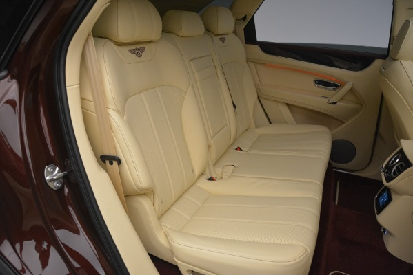 New 2019 Bentley Bentayga V8 for sale Sold at Aston Martin of Greenwich in Greenwich CT 06830 25