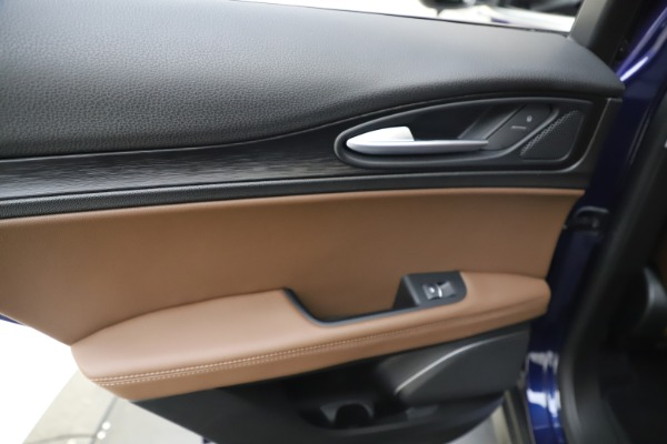 Used 2019 Alfa Romeo Stelvio Q4 for sale Sold at Aston Martin of Greenwich in Greenwich CT 06830 21