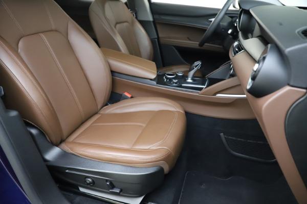 Used 2019 Alfa Romeo Stelvio Q4 for sale Sold at Aston Martin of Greenwich in Greenwich CT 06830 24