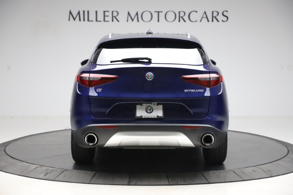 Used 2019 Alfa Romeo Stelvio Q4 for sale Sold at Aston Martin of Greenwich in Greenwich CT 06830 6