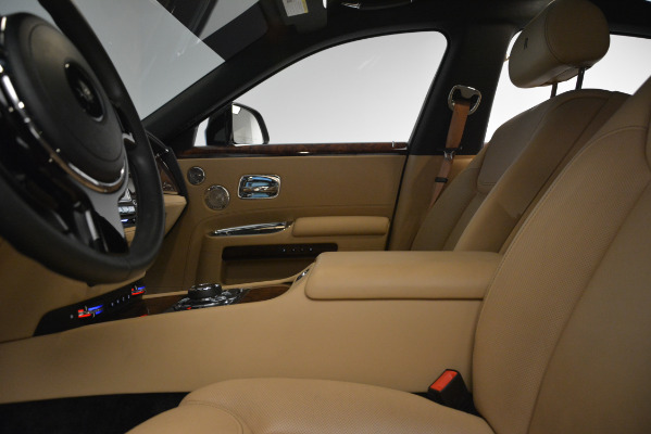 Used 2018 Rolls-Royce Ghost for sale Sold at Aston Martin of Greenwich in Greenwich CT 06830 15