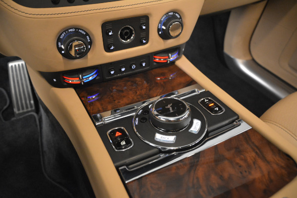 Used 2018 Rolls-Royce Ghost for sale Sold at Aston Martin of Greenwich in Greenwich CT 06830 18