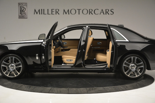 Used 2018 Rolls-Royce Ghost for sale Sold at Aston Martin of Greenwich in Greenwich CT 06830 4