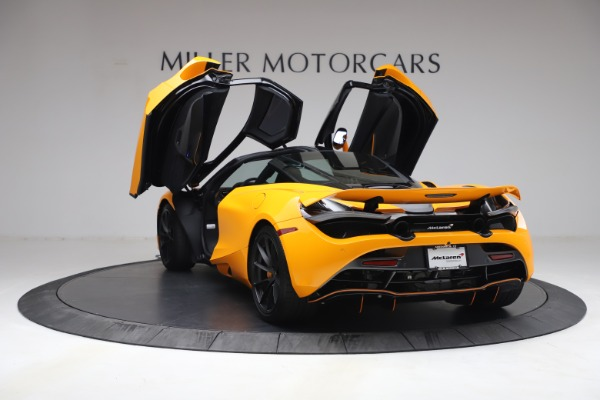 Used 2019 McLaren 720S Performance for sale $309,990 at Aston Martin of Greenwich in Greenwich CT 06830 18