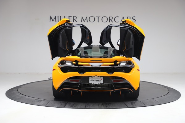 Used 2019 McLaren 720S Performance for sale $309,990 at Aston Martin of Greenwich in Greenwich CT 06830 19