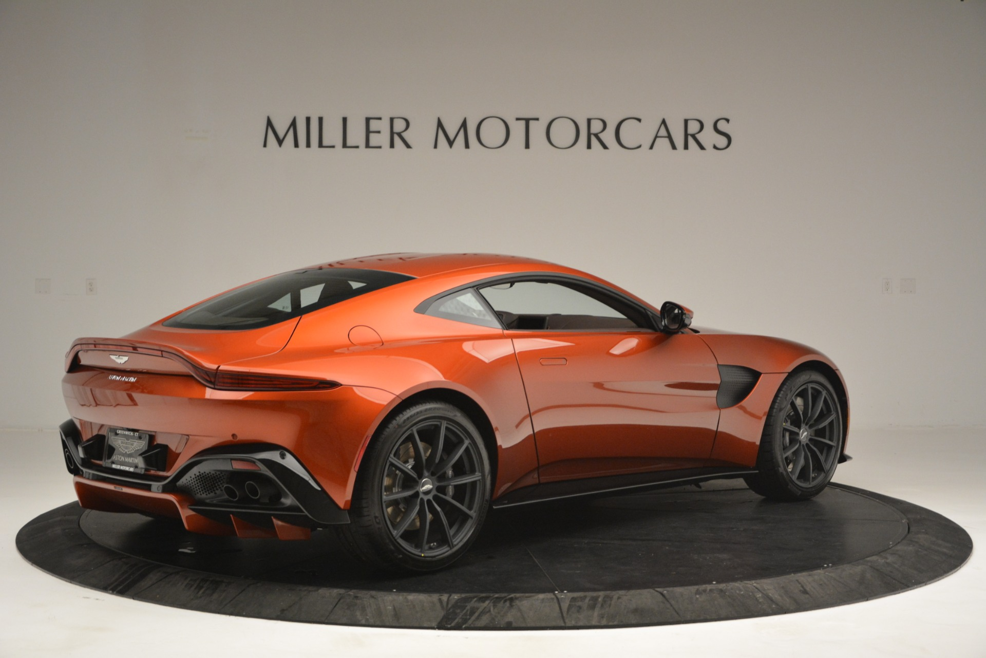 Pre Owned 2019 Aston Martin Vantage Coupe For Sale Special Pricing Aston Martin Of Greenwich Stock A1342b