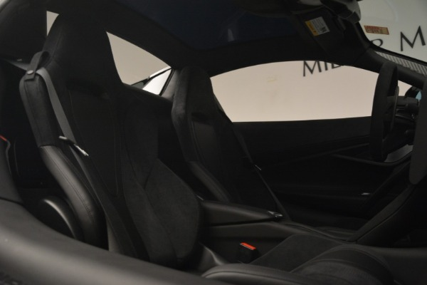New 2019 McLaren 720S Spider for sale Sold at Aston Martin of Greenwich in Greenwich CT 06830 28