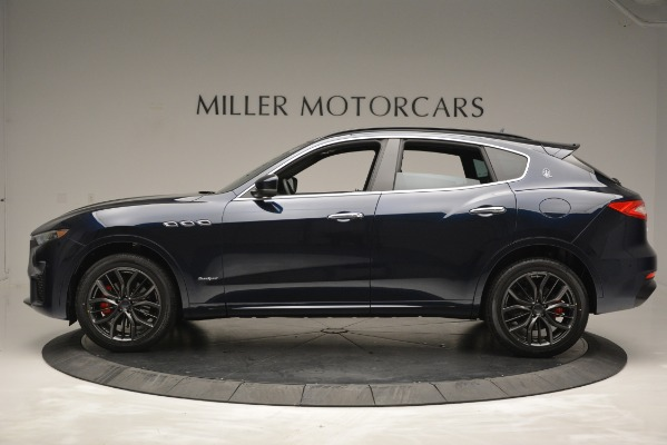 New 2019 Maserati Levante Q4 GranSport for sale Sold at Aston Martin of Greenwich in Greenwich CT 06830 4