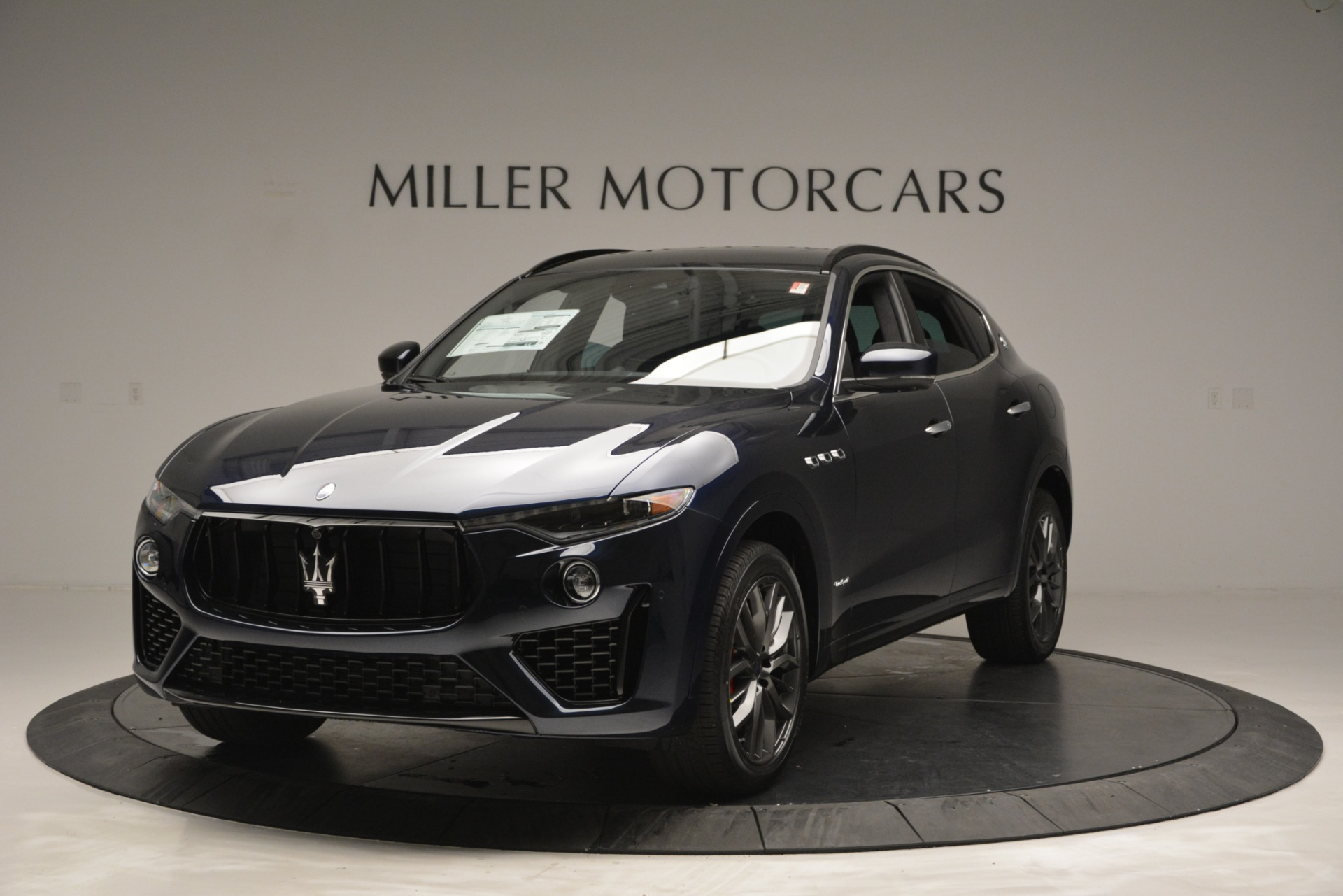 New 2019 Maserati Levante Q4 GranSport for sale Sold at Aston Martin of Greenwich in Greenwich CT 06830 1