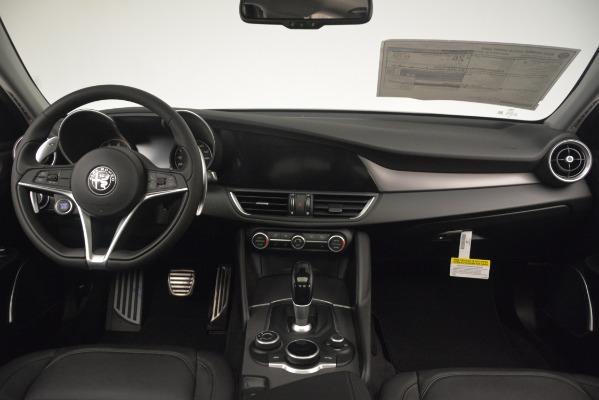 New 2019 Alfa Romeo Giulia Sport Q4 for sale Sold at Aston Martin of Greenwich in Greenwich CT 06830 16