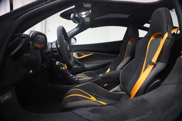 New 2019 McLaren 720S Coupe for sale Sold at Aston Martin of Greenwich in Greenwich CT 06830 18
