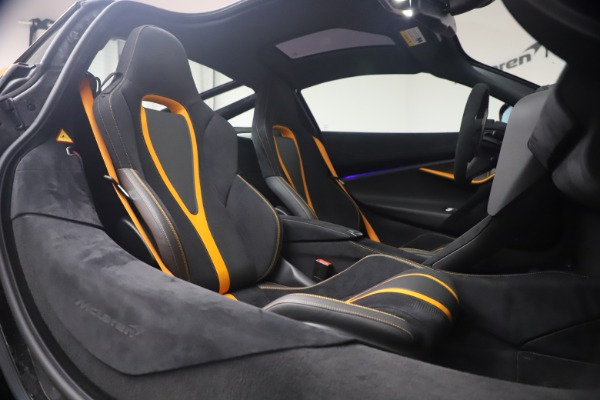 Used 2019 McLaren 720S Performance for sale Sold at Aston Martin of Greenwich in Greenwich CT 06830 19