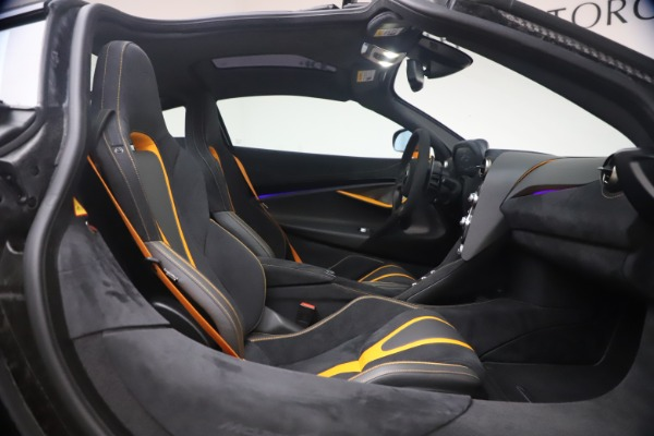 New 2019 McLaren 720S Coupe for sale Sold at Aston Martin of Greenwich in Greenwich CT 06830 20