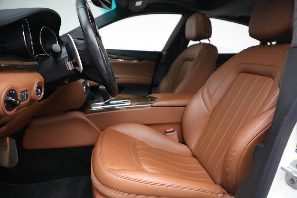 Used 2015 Maserati Quattroporte S Q4 for sale Sold at Aston Martin of Greenwich in Greenwich CT 06830 12