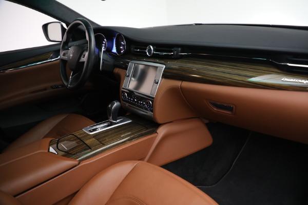 Used 2015 Maserati Quattroporte S Q4 for sale Sold at Aston Martin of Greenwich in Greenwich CT 06830 19