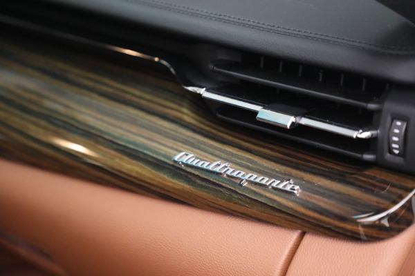 Used 2015 Maserati Quattroporte S Q4 for sale Sold at Aston Martin of Greenwich in Greenwich CT 06830 22