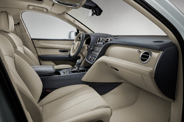New 2020 Bentley Bentayga Hybrid for sale Sold at Aston Martin of Greenwich in Greenwich CT 06830 8