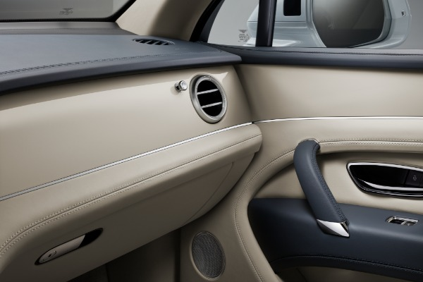 New 2020 Bentley Bentayga Hybrid for sale Sold at Aston Martin of Greenwich in Greenwich CT 06830 9