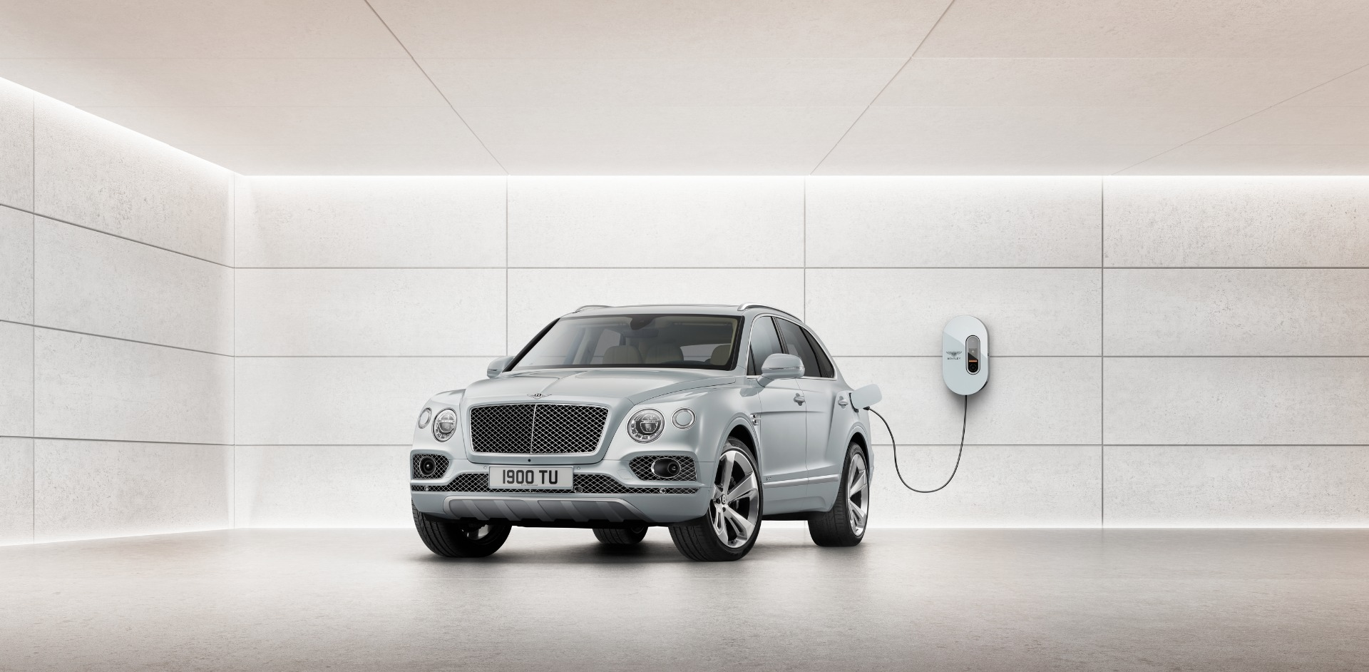 New 2020 Bentley Bentayga Hybrid for sale Sold at Aston Martin of Greenwich in Greenwich CT 06830 1