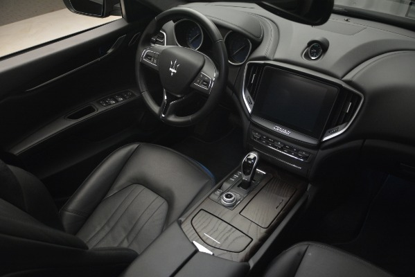 Used 2018 Maserati Ghibli S Q4 for sale Sold at Aston Martin of Greenwich in Greenwich CT 06830 19