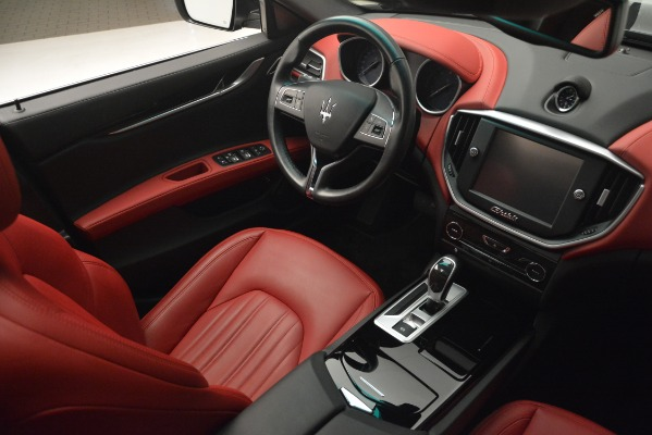 Used 2016 Maserati Ghibli S Q4 for sale Sold at Aston Martin of Greenwich in Greenwich CT 06830 18