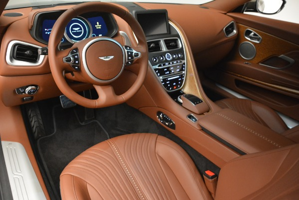 Used 2018 Aston Martin DB11 V12 Coupe for sale Sold at Aston Martin of Greenwich in Greenwich CT 06830 14