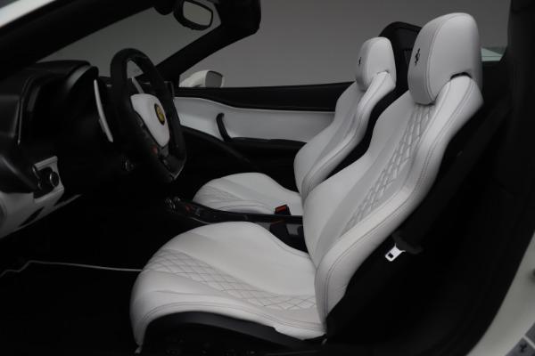 Used 2015 Ferrari 458 Spider for sale $229,900 at Aston Martin of Greenwich in Greenwich CT 06830 18