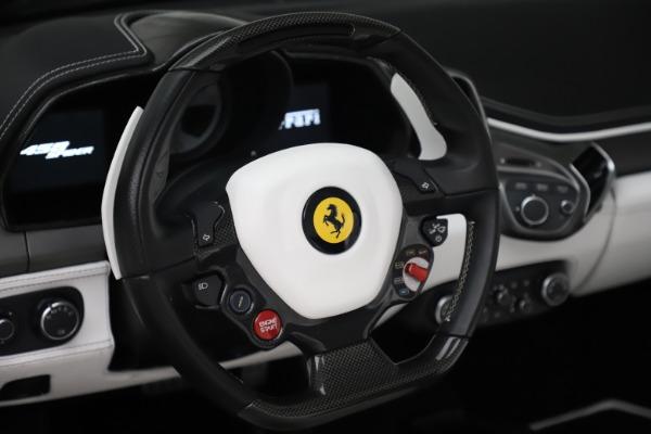 Used 2015 Ferrari 458 Spider for sale $229,900 at Aston Martin of Greenwich in Greenwich CT 06830 20