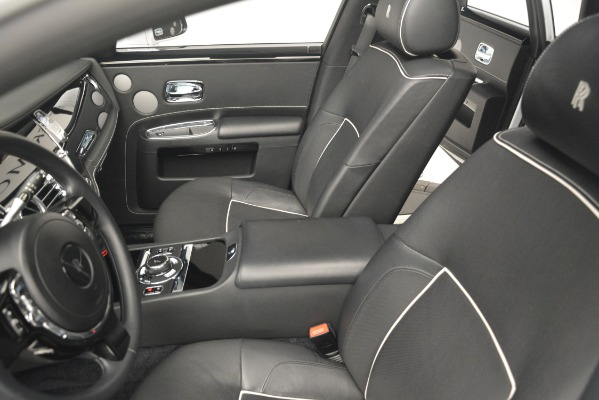 Used 2014 Rolls-Royce Ghost V-Spec for sale Sold at Aston Martin of Greenwich in Greenwich CT 06830 17