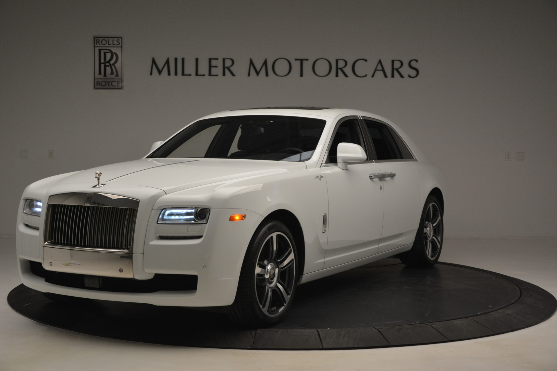 Used 2014 Rolls-Royce Ghost V-Spec for sale Sold at Aston Martin of Greenwich in Greenwich CT 06830 1