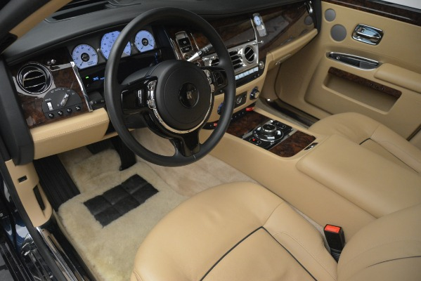 Used 2014 Rolls-Royce Ghost for sale Sold at Aston Martin of Greenwich in Greenwich CT 06830 15