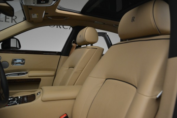 Used 2014 Rolls-Royce Ghost for sale Sold at Aston Martin of Greenwich in Greenwich CT 06830 16