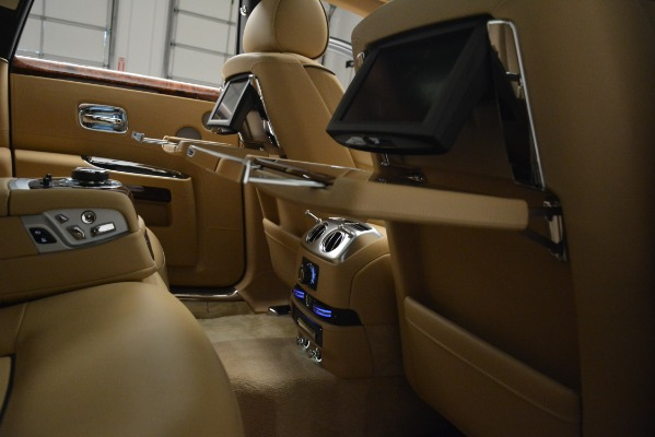 Used 2014 Rolls-Royce Ghost for sale Sold at Aston Martin of Greenwich in Greenwich CT 06830 23