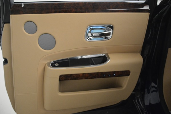 Used 2014 Rolls-Royce Ghost for sale Sold at Aston Martin of Greenwich in Greenwich CT 06830 25