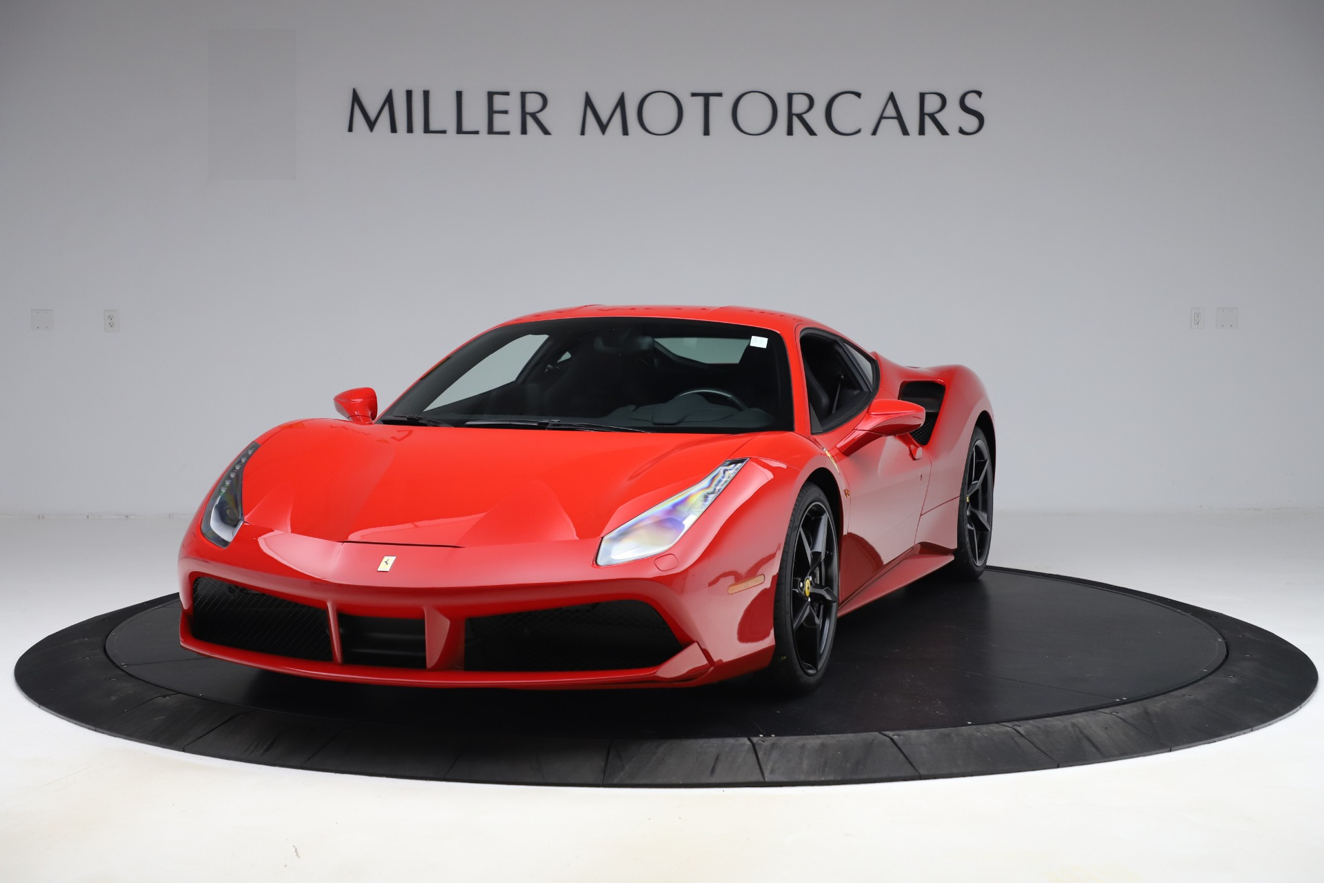 Used 2018 Ferrari 488 GTB for sale $245,900 at Aston Martin of Greenwich in Greenwich CT 06830 1