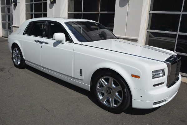 Used 2014 Rolls-Royce Phantom for sale Sold at Aston Martin of Greenwich in Greenwich CT 06830 12