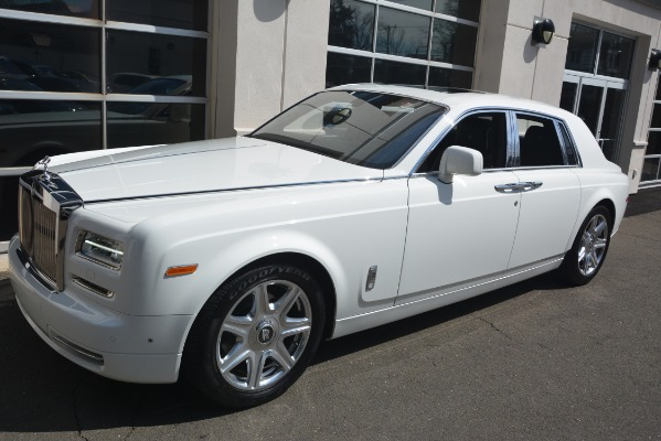 Used 2014 Rolls-Royce Phantom for sale Sold at Aston Martin of Greenwich in Greenwich CT 06830 3